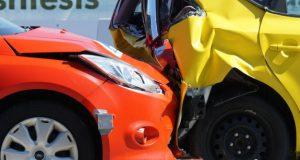 Imagem carros sinistrados